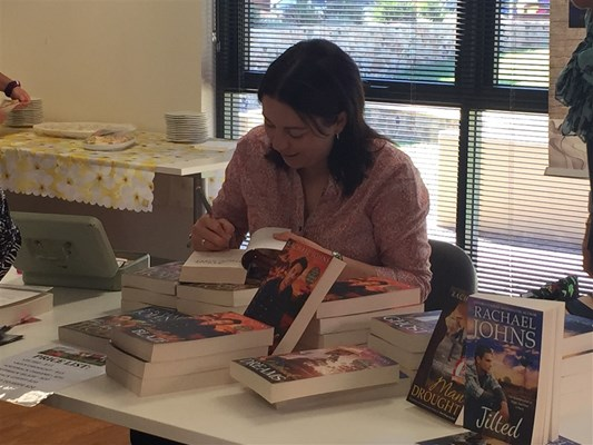 Rachael Johns Library Visit 2015 - Book signing 2